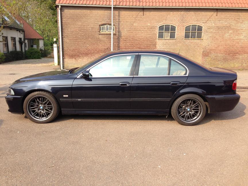 BMW M5 antraciet