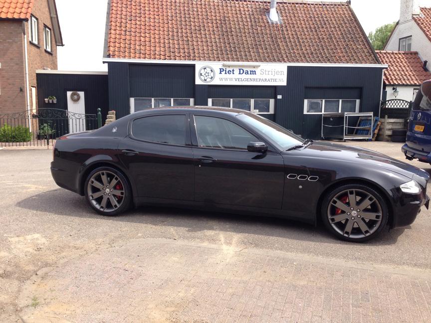 Maserati quattroporte Antraciet